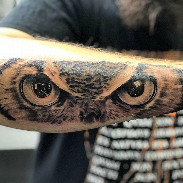 Que signifient les tatouages de hiboux?